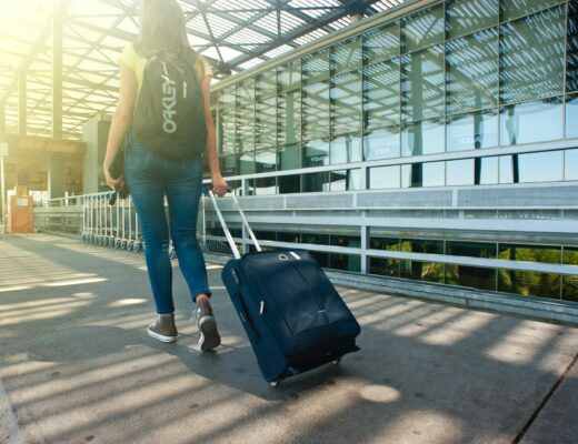 Entry level travel jobs