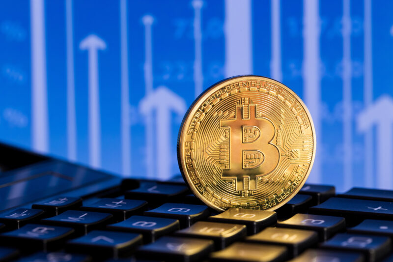 With more and more people investing in Bitcoin, now is a great time to join the pack. Here are five tips that will help you get rich.